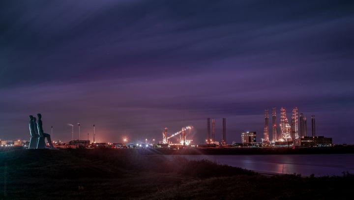 Esbjerg Havn taget en nat i oktober