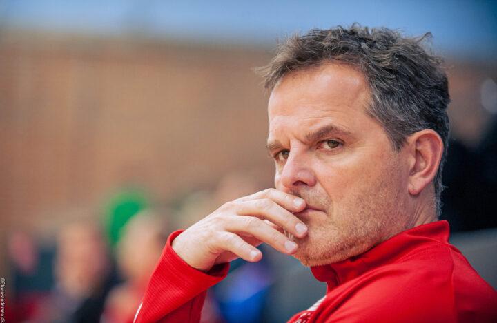 Peter Bredstorff Larsen, som er træner for Bjerringbro Silkeborg, spekulere i kampen mod Ribe Esbjerg HH